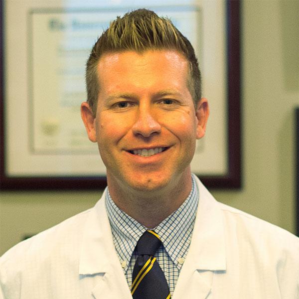 Dr. Gary Wortz of Commonwealth Eye Surgery in Lexington, Kentucky